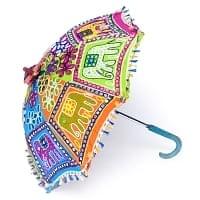 インド・ラジャスタンの刺繍傘- 直径70cm程度 象と花模様