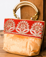 インドのゴージャスハンドバッグ - 赤地フラワーの個別写真