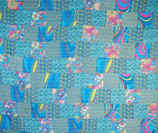 【インドのパッチワーク】ラリーキルトの大判マルチクロス【約280cm×約230cm】の写真