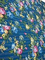 〔約150cm×224cm〕ラリーキルト 手作りカンタ刺繍のソファー&ベッドカバー - 紺色