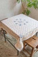 [約106cm x 約106cm]木版染め インド綿テーブルクロス  - 生成り花柄