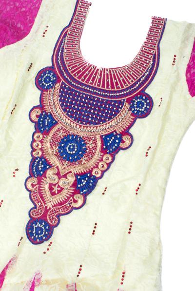 サフェードのパンジャビドレス 3点セット 白×ピンクの個別写真