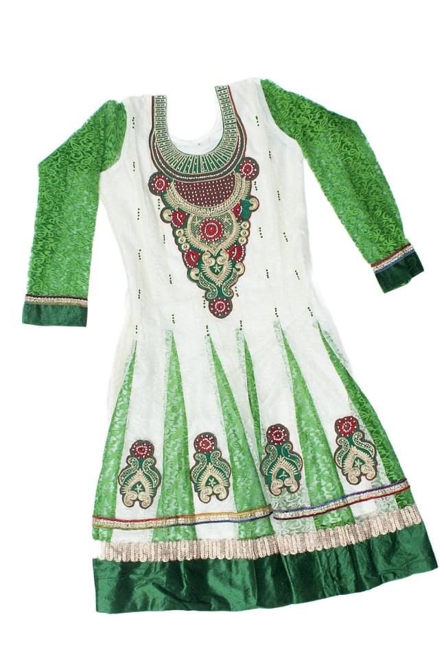 サフェードのパンジャビドレス 3点セット 白×緑の写真2-トップのドレスの様子です。\