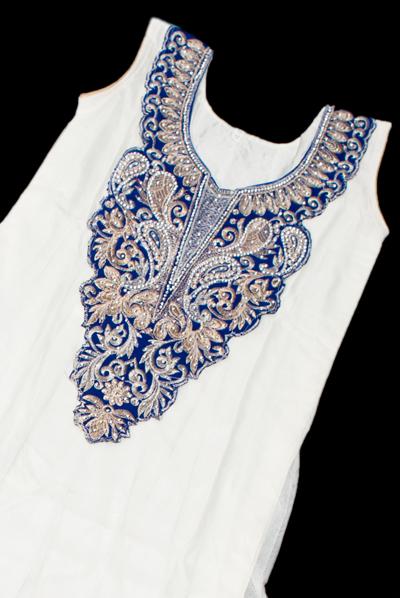 サフェードのパンジャビドレス 3点セット 白×濃青の個別写真