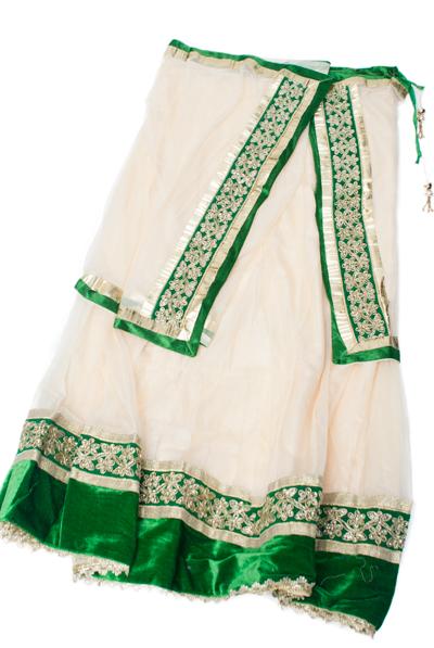 サフェードのレヘンガ 白×緑の個別写真