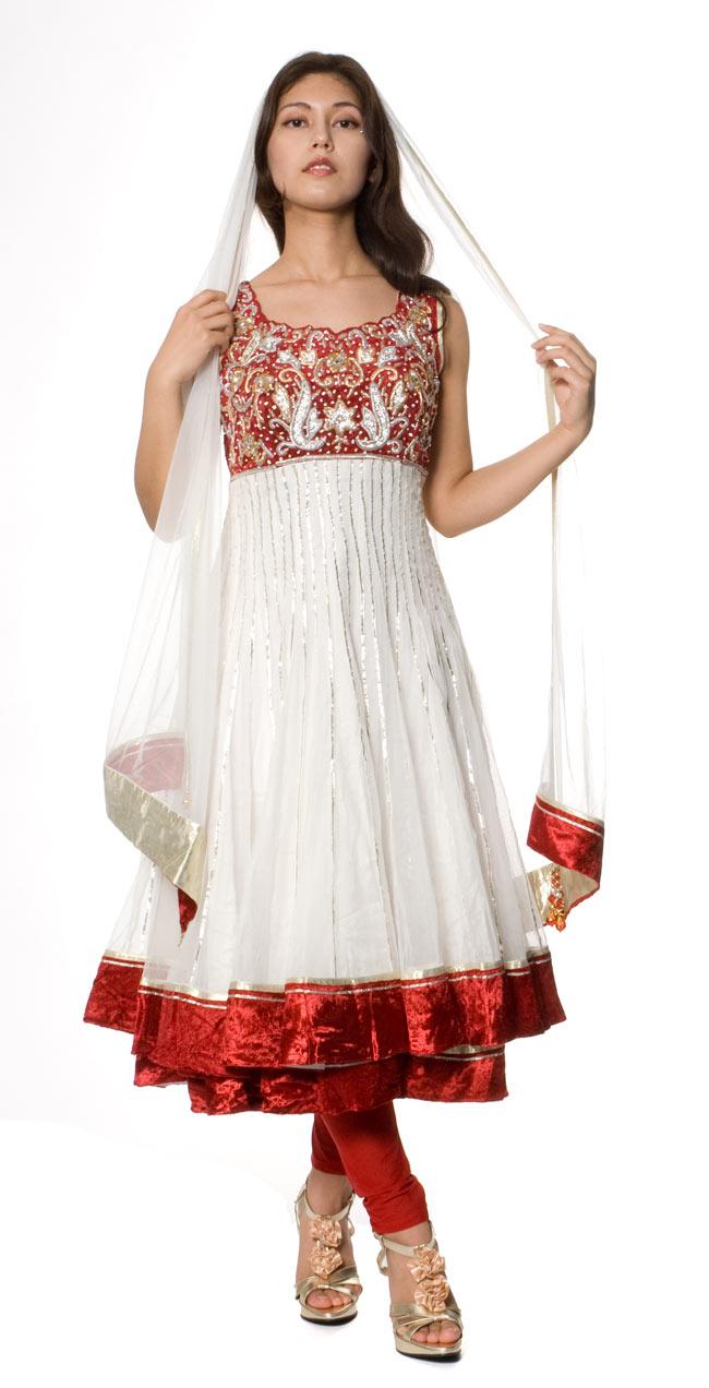 【1点物】インドのゴージャスパンジャービードレス-白×赤