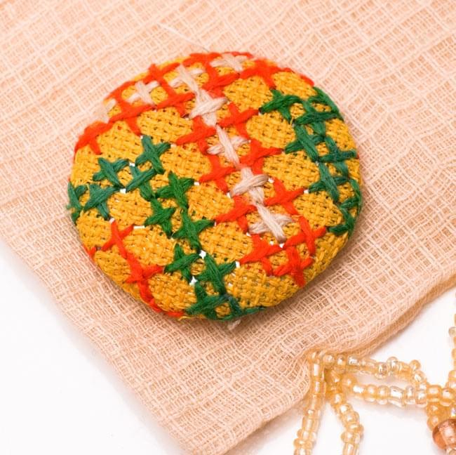 モン族の刺繍ボタン【直径:40mm 3個セット】 - 黄系