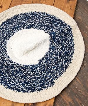 インドのコットン手織りラグマット まる型【中心が白】の個別写真