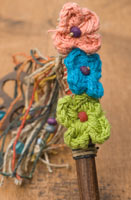 ネパールのかんざし[ピースマークとお花]の個別写真