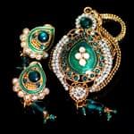 インド伝統アクセサリー オーバルネックレス&ピアスセットの個別写真