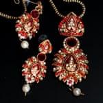 インド伝統アクセサリー リーフネックレス&ピアスセットの個別写真
