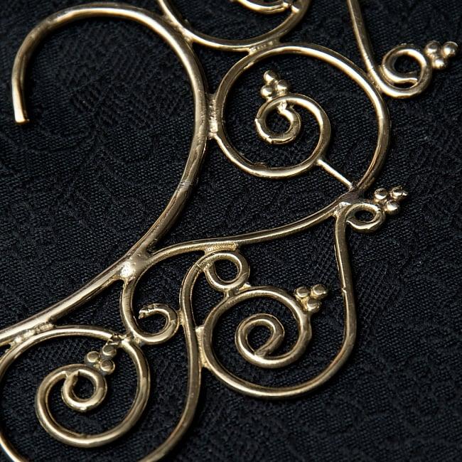 〔両耳ペア〕ゴールデンイヤーカフ【花のつる】2-ゴールドが美しいですね!\
