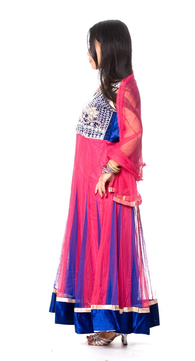 パンジャビ・ドレス3点セット - ネイビー×ピンク2-横から見た姿です。\