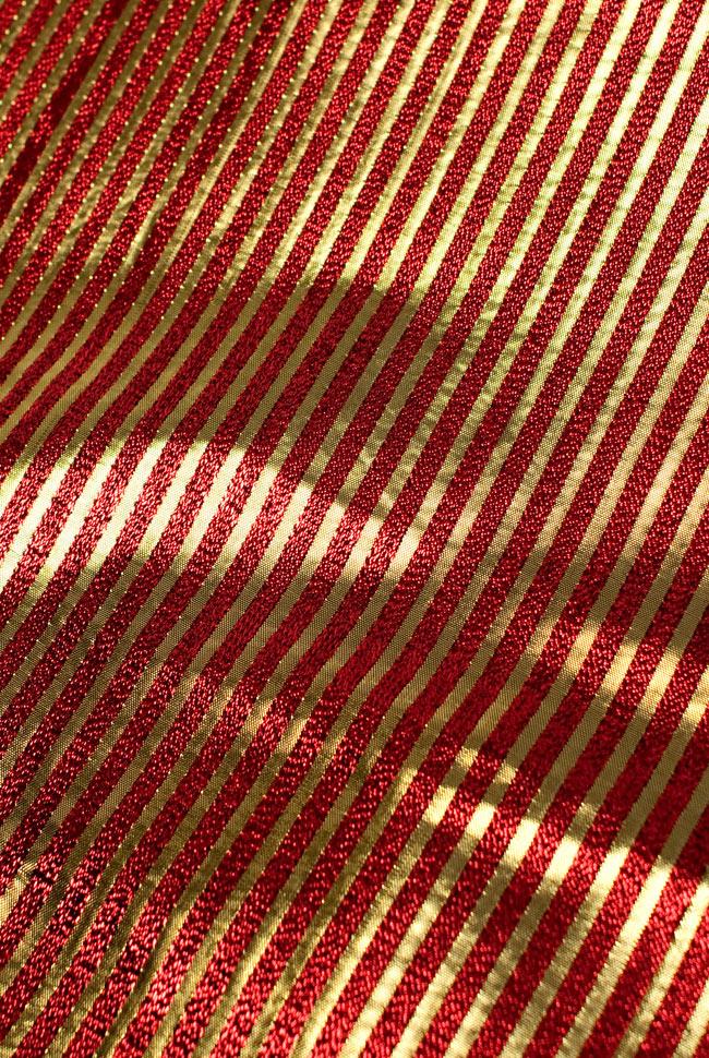 〔1m切り売り〕インドの伝統模様布 - ボーダー柄 赤×金〔幅105cm〕の写真