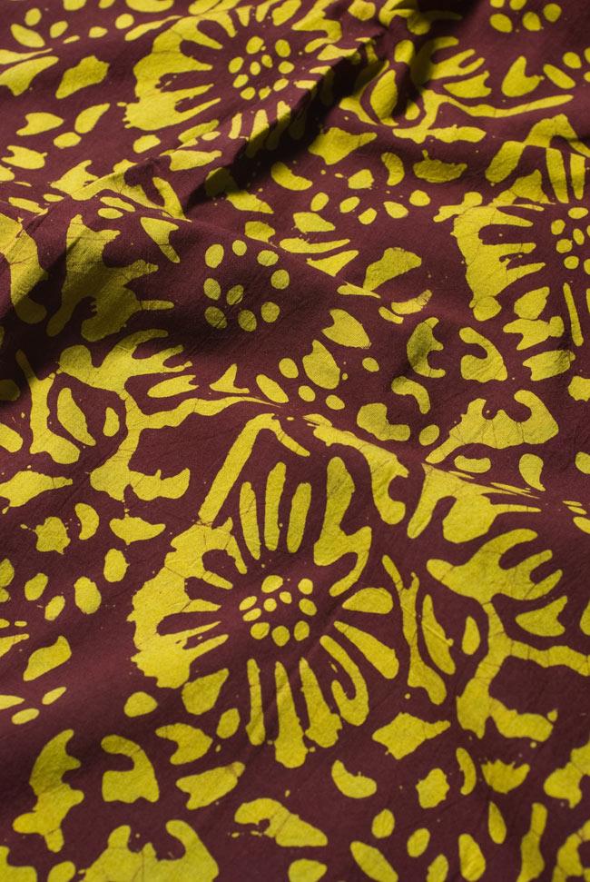 〔1m切り売り〕インドのバティック染め布 〔幅約110cm〕の写真