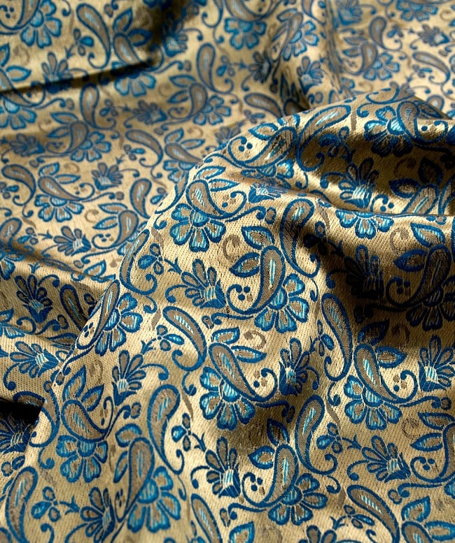〔1m切り売り〕インドの伝統模様布〔93cm〕 - ゴールドとブルーの写真2-拡大写真です。独特な雰囲気があります。\
