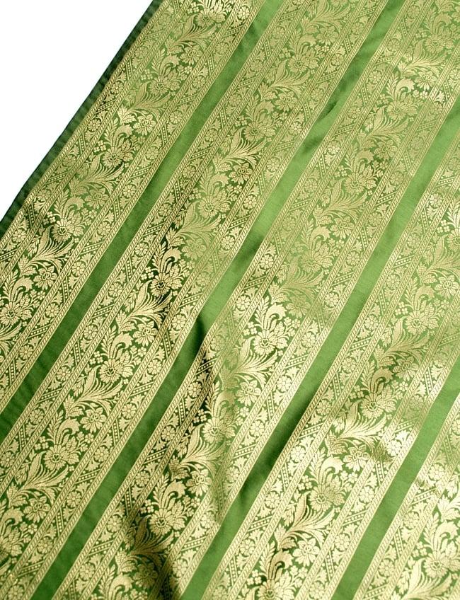 〔1m切り売り〕インドの伝統模様布〔111cm〕 - 緑系の写真