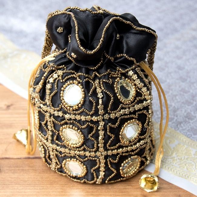 華やかなゴールドビーズ&ミラーワークの巾着ミニポーチ ミニバッグ - ブラック