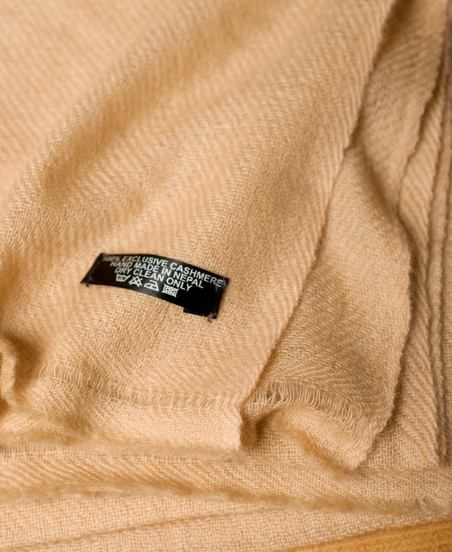 パシュミナ100% 大判手織りストール - ベージュ2-ふんわりとした柔らかく素晴らしい肌触りが魅力的\