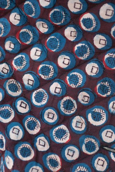 インディゴ染布のキルティングコートの個別写真