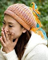 フェルトのポンポン ニット帽 - オレンジの個別写真