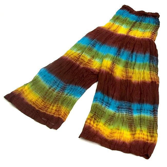 ハイウエストタイダイハーフパンツ2-ハイウエストでウエストしっかり、パンツですが見た目はスカートをはいたように見える機能的かつデザイン性にすぐれています。\