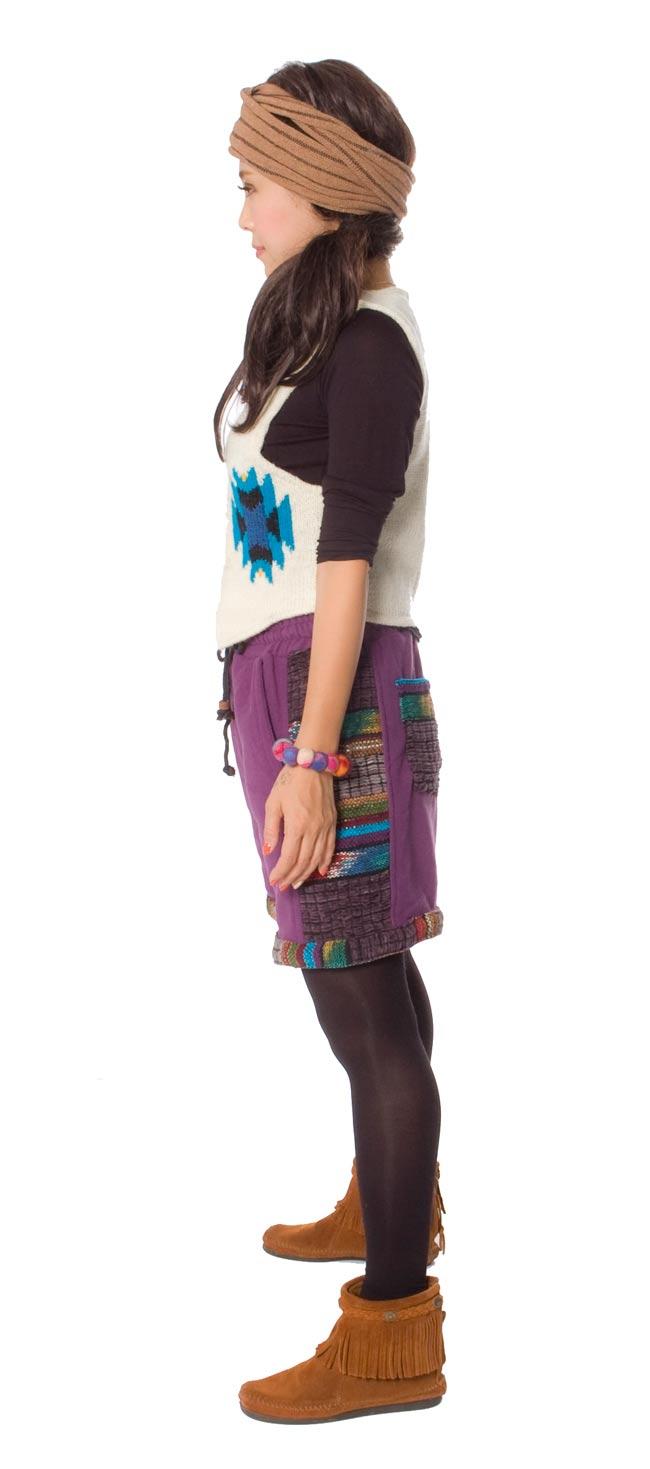 ネパールのフリースハーフパンツ 【紫】2-横から見るとこんな感じです。\