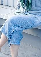 ストーンウォッシュの八分丈パンツ 【ライトブルー】の個別写真