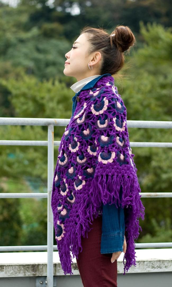 ウールポンチョ - 紫系2-横から見たシルエットです。\