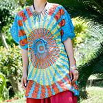 バタフライスリーブのカラフルプリントシャツの個別写真