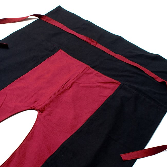 バイカラーのコットンタイパンツ-ロング - 【ブラック・えんじ】の写真2-しっかりした縫製なのでとても丈夫です。\