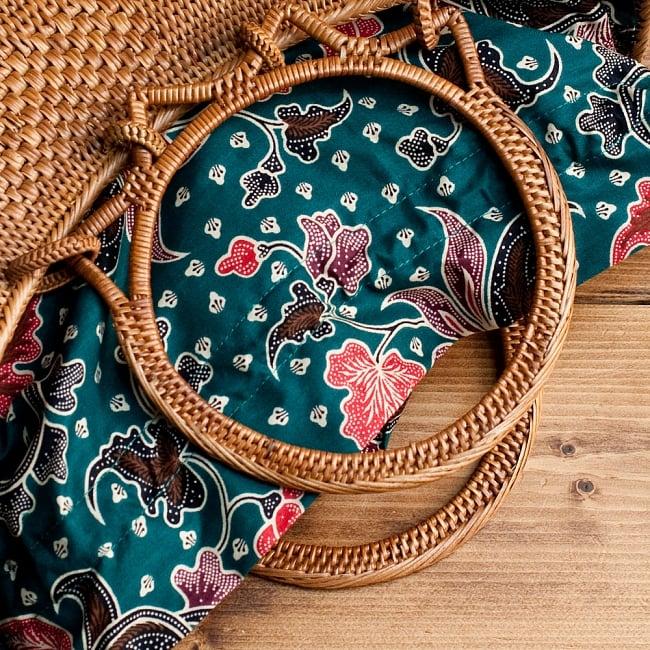 アタかご 巾着付き月型バッグ 発祥の地トゥガナン村で手作り【約21cm x 29cm 】の選択用写真