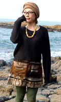 ネイティブ柄のふわふわ起毛のミニスカート の個別写真
