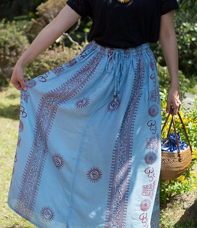 ラムナミフレアースカート(ロング丈) 薄水色2-さらっとして着心地の良い生地感です。\