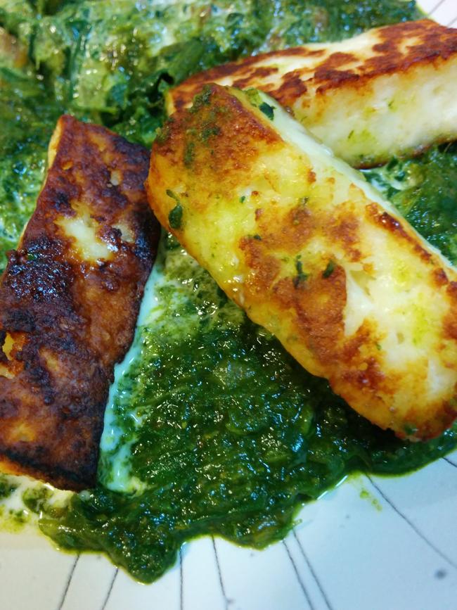 野菜たっぷり!ほうれん草カレー パラックパニール(Palak Paneer)の写真