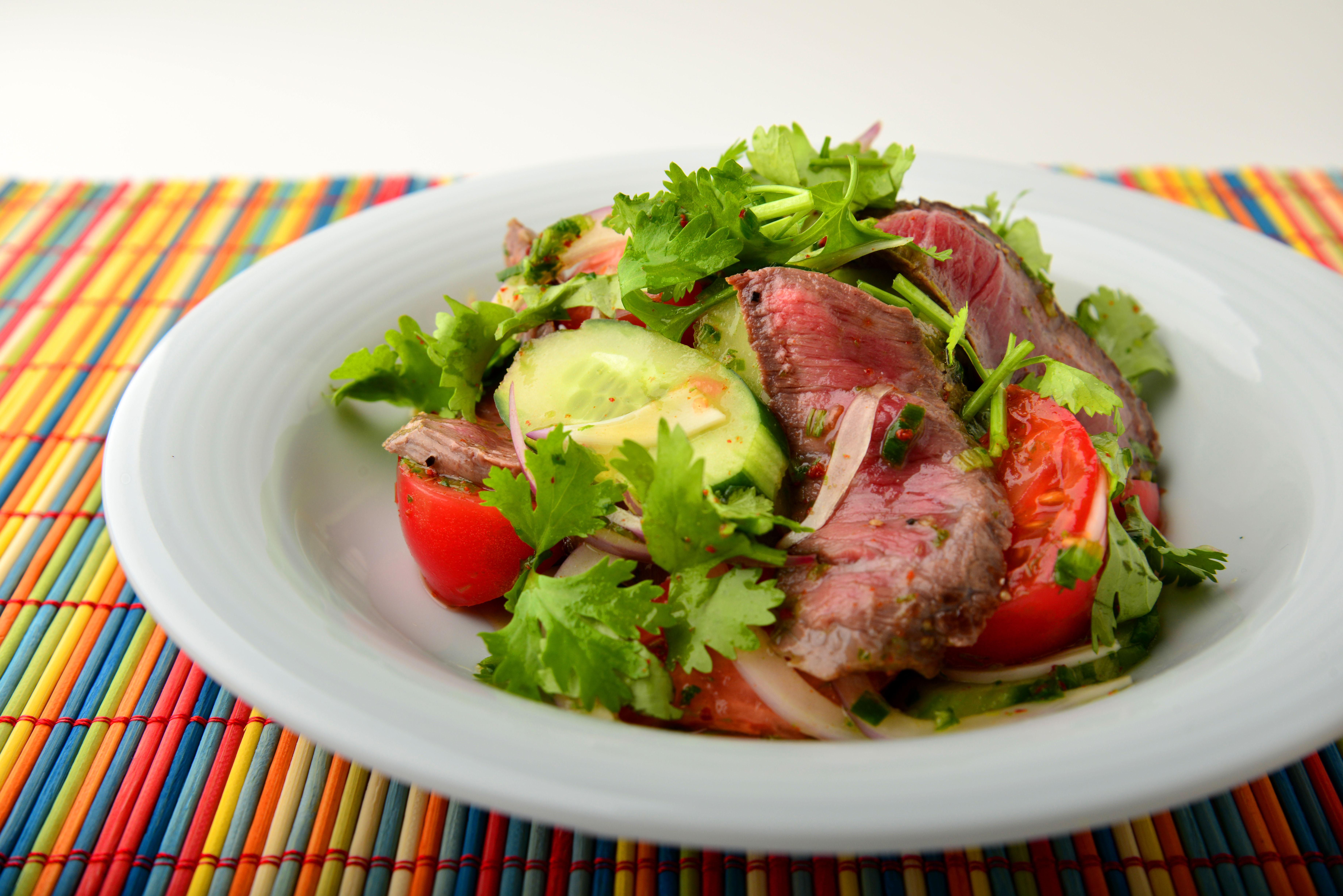 牛肉のパクチーサラダ サラ パクチ ニュウアの写真