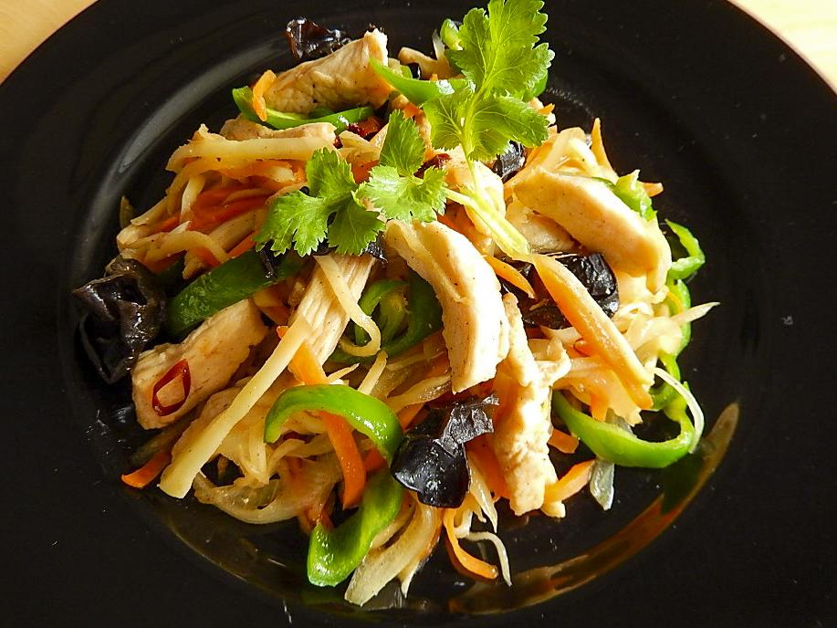 ガイ パッキン 生姜と鶏肉の炒め物の写真