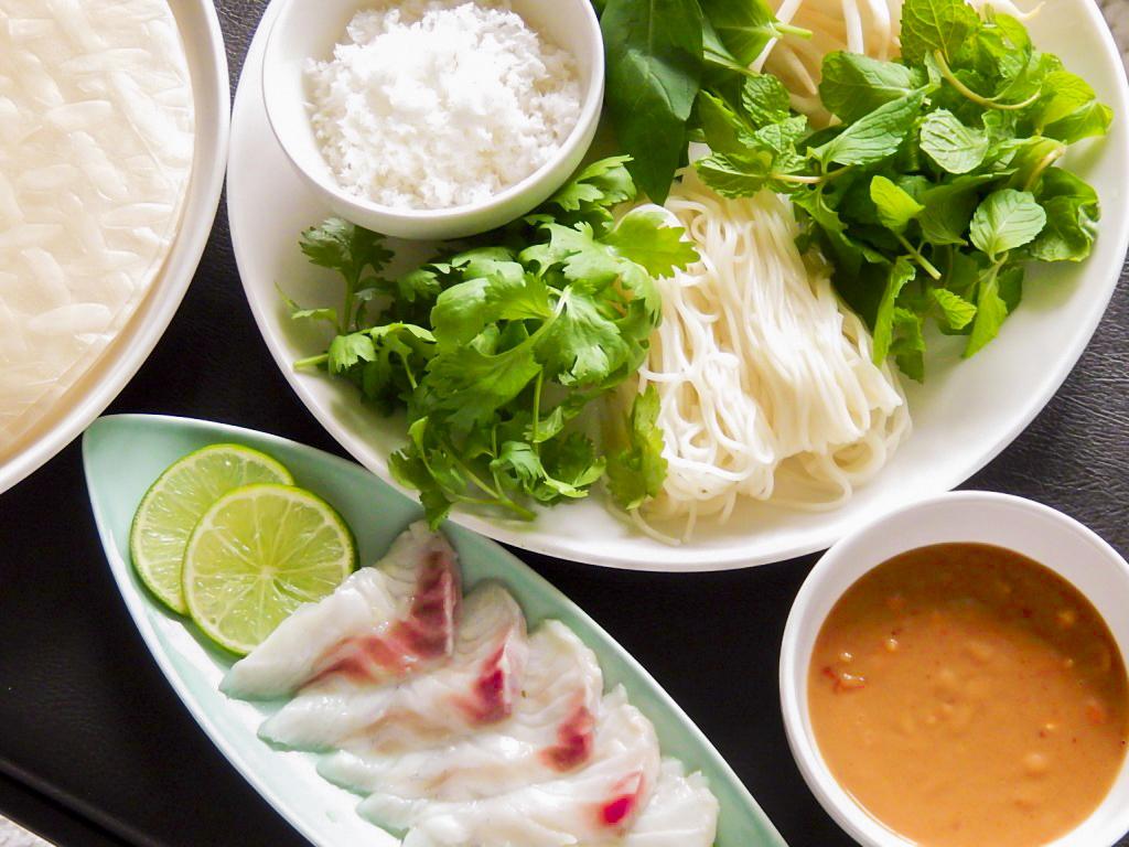 ゴイ・カ―・ボップ ベトナムのお刺身サラダの写真