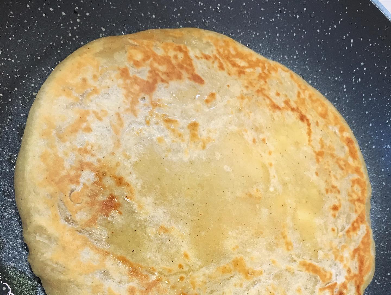 雑穀アタ粉でチーズナン風の写真