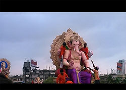 dhobi ghat - Mumbai diaries[BD] 3 - DVD版の画面写真です。こちらの商品はブルーレイですので、もっと綺麗ですよ