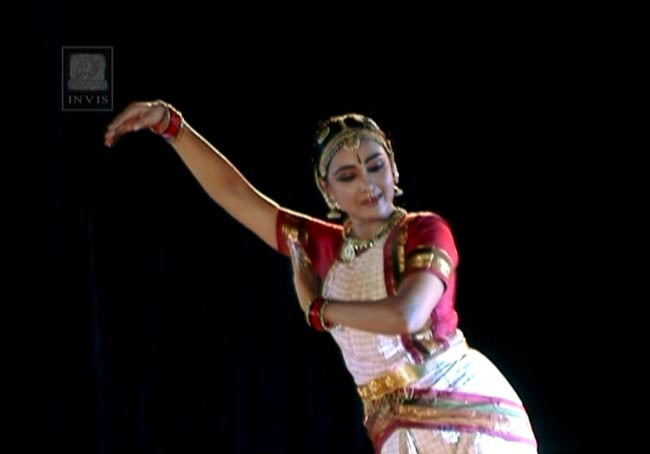 Neela Varnam - Krishna:the blue god - Bharatanatyam[DVD] 4 - 画面写真