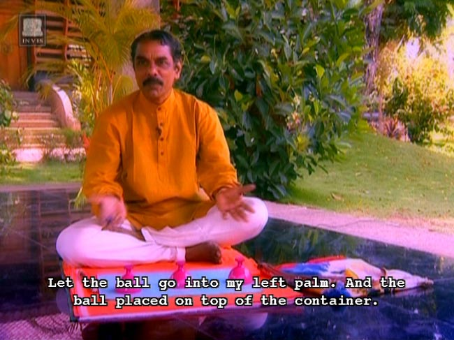 Enchanting Illusions - 伝統的なインド・マジック Vol.1[DVD] 4 - 画面写真