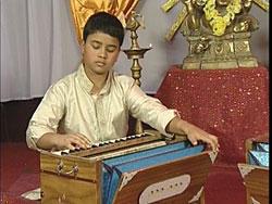Learn to Play Harmonium [DVD] 3 -