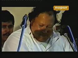 Is Karam Ka Karun Shukar - Ustad Nusrat Fateh Ali Khan [DVD] 2 -