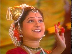 Kummi | Pinnal Kolattam | Bharatanatyam | Karagam | kavadi | Poikkal Kudirai | Oyillattam | Odissi 3 -