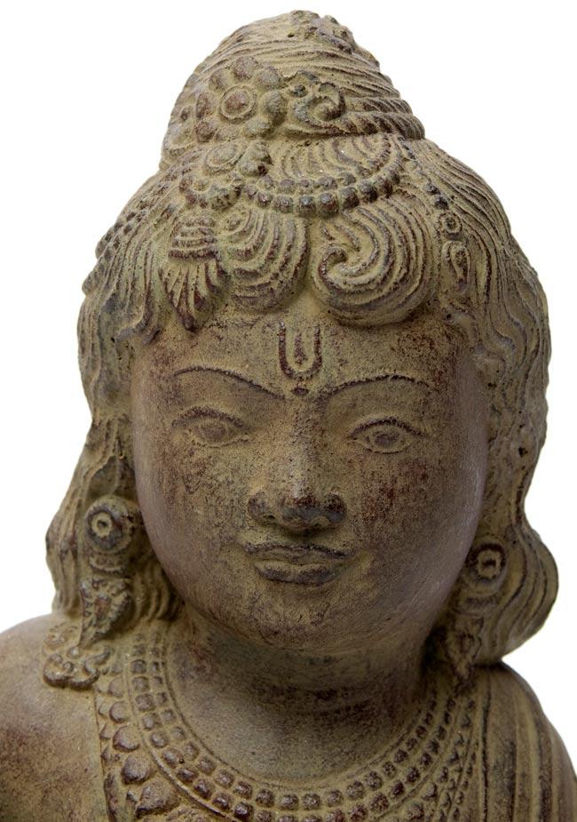 バリのアンティーク風石像 - クリシュナの写真2 - しっかりとした作りで雰囲気があります