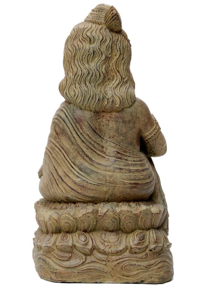 バリのアンティーク風石像 - クリシュナの写真5 - 後ろからの写真です