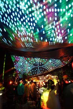 インド系野外フェス - DANCE OF SHIVA2009 3 - この写真も昨年のDANCE OF SHIVAです