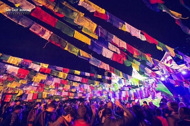 [通常チケット版]インド系野外フェス - DANCE OF SHIVA2017 4 - 会場は無数のタルチョーで彩られます