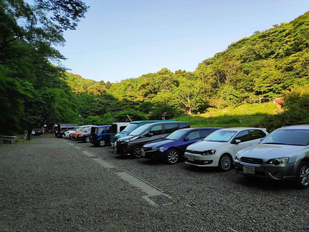 [E-TICKET]森のインド古典会 - Forest and Indian Music - 10月14日(月・祝) 7 - 駐車場(有料:1日1000円)もありますので、お車でもおこし頂けます。